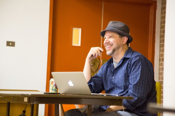 Playwright Aaron Posner. Photo by Brittany Diliberto.